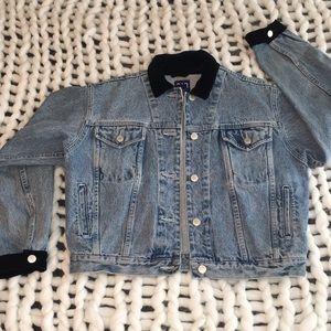 Vintage Gap Denim Jacket w/ velvet accents M/L